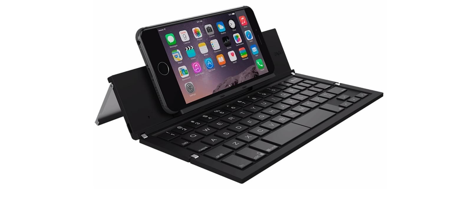 """08f433250f9e0 Um dos acessórios mais interessante que apareceram na CES 2015 foi o  """"Pocket Portable Wireless Keyboard"""" da Zagg. A marca de acessórios de  informática ..."""