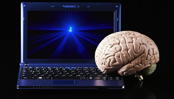 computador e cérebro humano