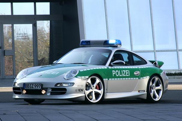 Pega ladrão: os carros de polícia mais alucinantes do mundo 9874091222182518