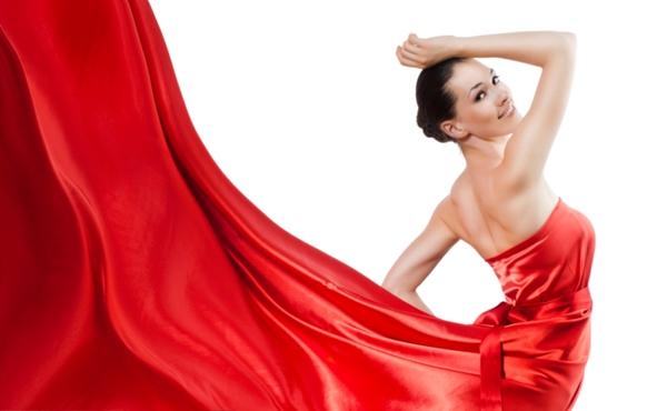 Roupas vermelhas deixam tanto mulheres quanto homens mais atraentes