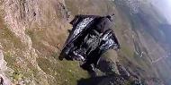 Qual a sensação de bater em uma montanha a 190 km/h? [vídeo]