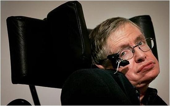 Stephen Hawking poderia voltar a se comunicar com a Teclepatia