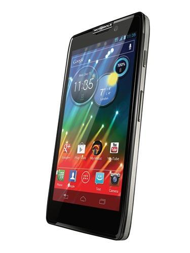 Novo RAZR M 4G LTE confirma rumores divulgados