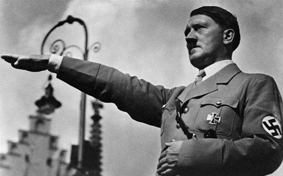Sobrinho de Hitler se alistou para lutar contra o próprio tio na 2ª Guerra