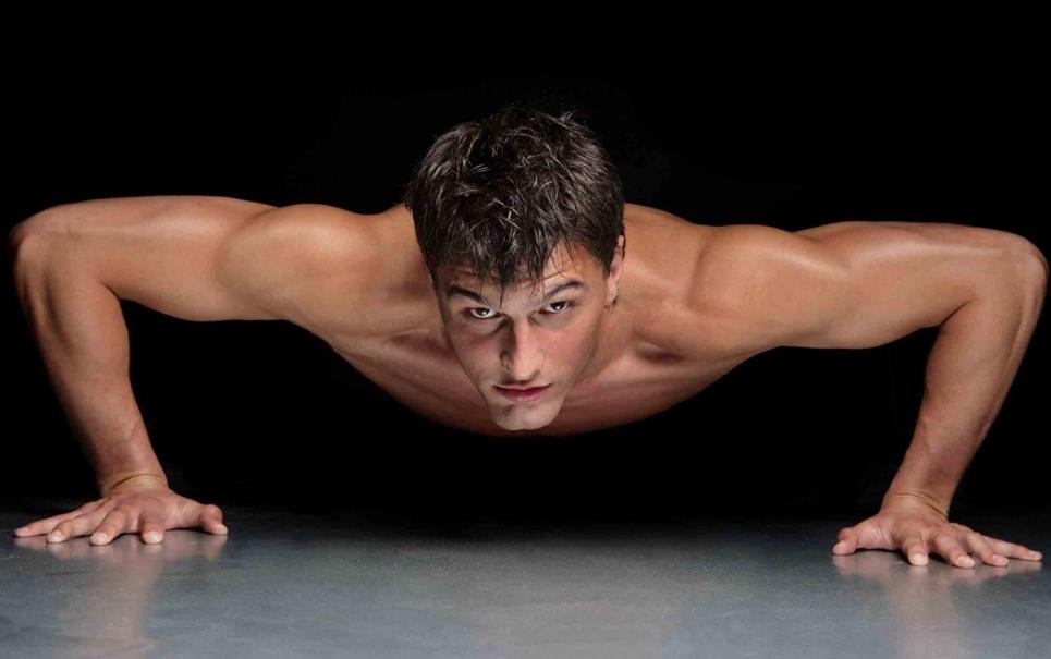 Por que é que você malha e os músculos teimam em não aparecer?