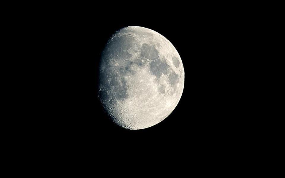NASA pretende mandar astronautas para o lado oculto da Lua em 2028