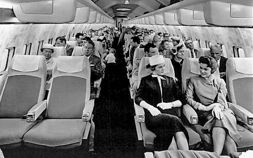 Você consegue imaginar como era viajar de avião nas décadas de 50 e 60?