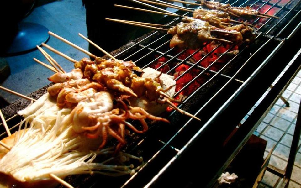 China pretende proibir churrasco para combater poluição