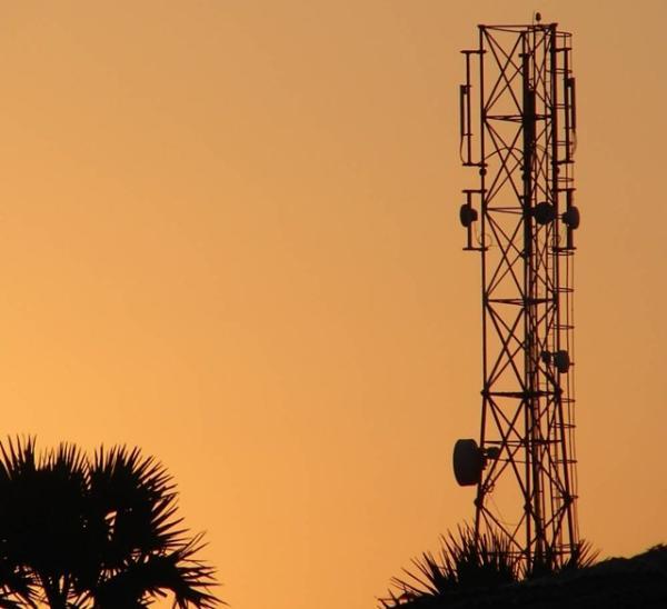 Rede 4G brasileira precisa de mais 10 mil antenas segundo sindicato 2844435849446