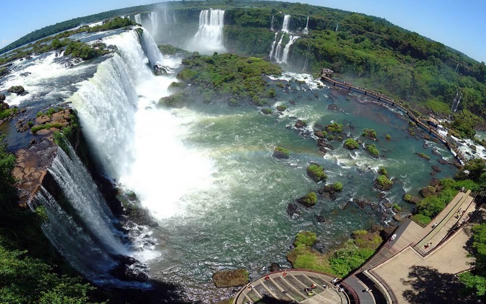 Conheça algumas das cachoeiras mais belas do planeta