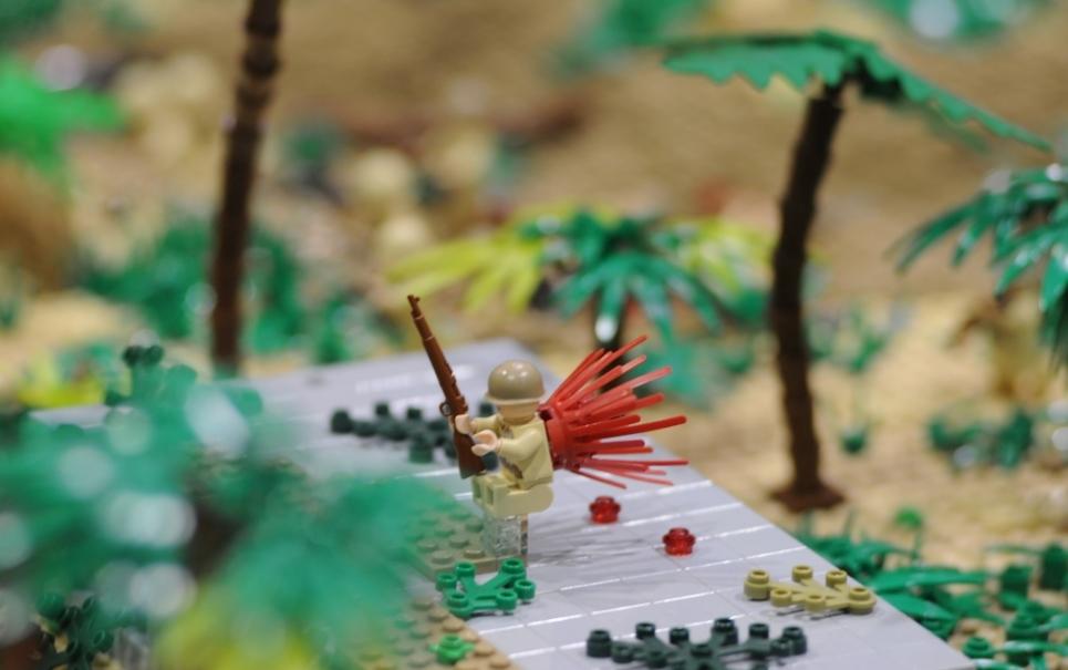 Importante batalha da Segunda Guerra Mundial é recriada com LEGO