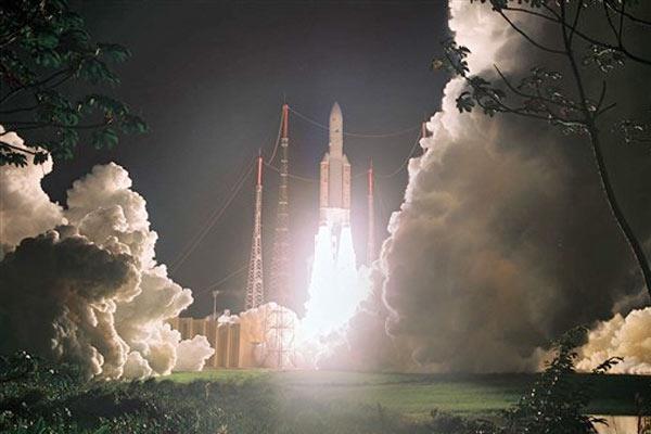 Brasil vai lançar satélite até 2015 para evitar espionagem norte-americana