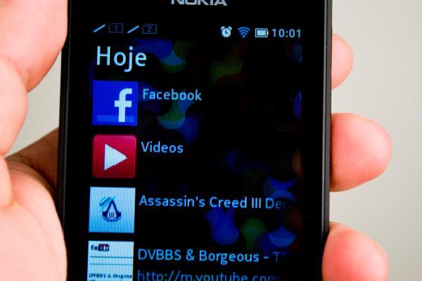 Análise: Nokia Asha 501