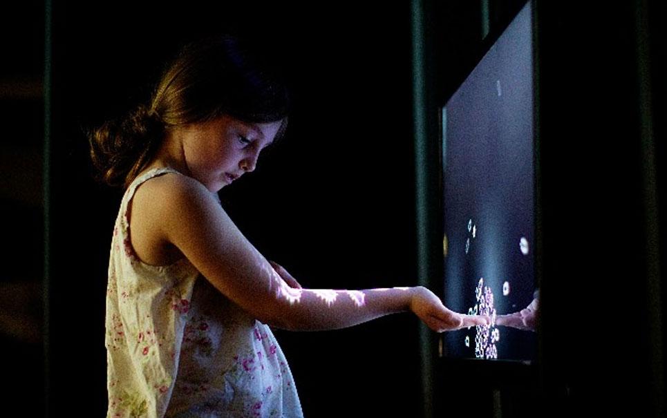 Exposição na Irlanda promete confundir seu cérebro com obras de ilusão