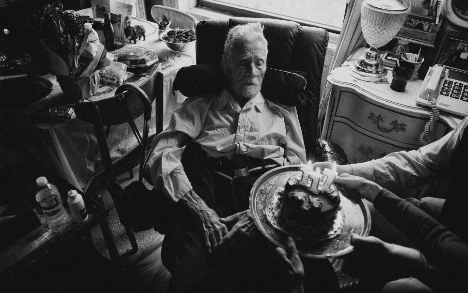 Polonês de 111 anos de idade é o homem mais velho do mundo