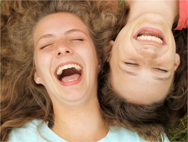 Resultado de imagem para pessoa a rir