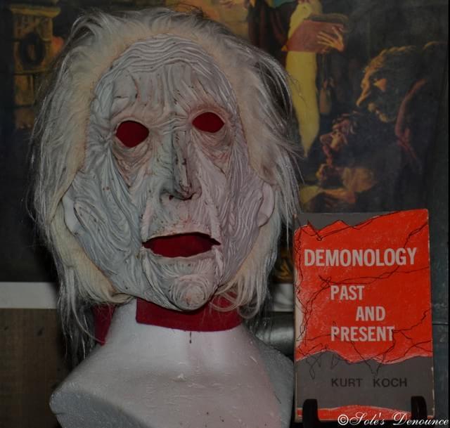 O único Museu de Ocultismo do mundo tem a boneca Annabelle em seu acervo!