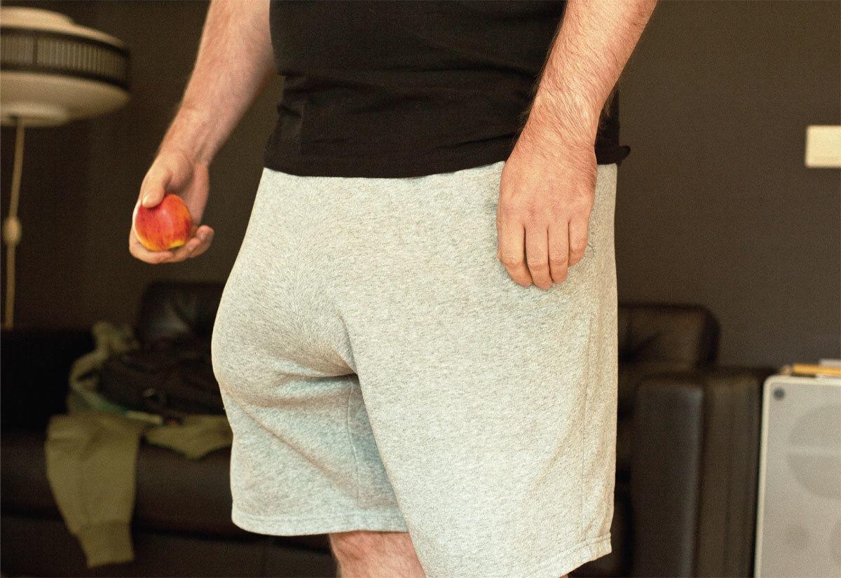 Alemão tem pênis que pesa 4,3 kg, graças a injeções de silicone [galeria]