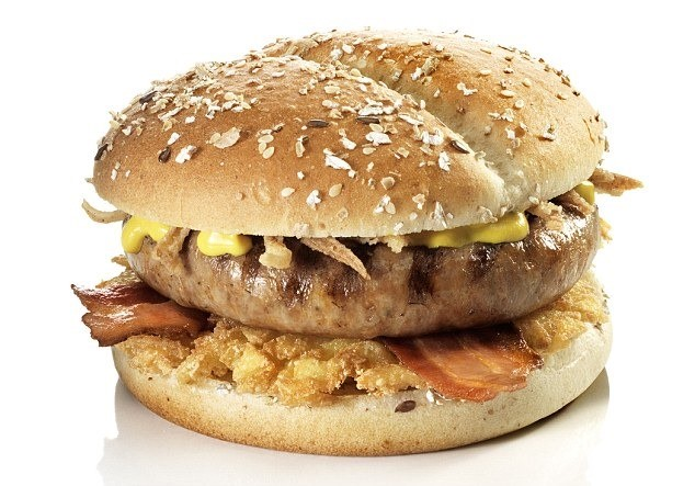 Conheça sete dos lanches mais estranhos vendidos em fast-foods 20153801417486