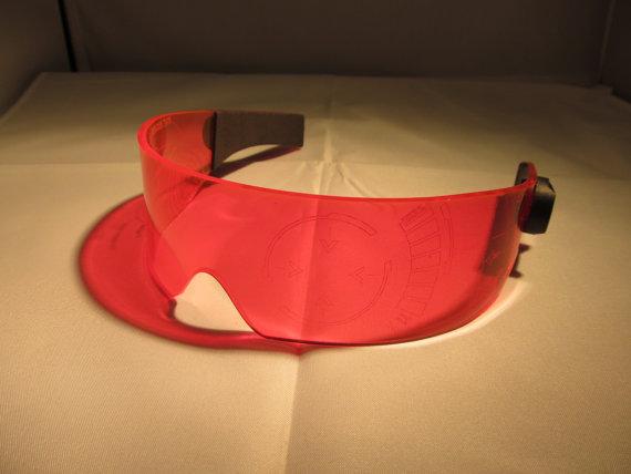 543c6ae4d Uma das coisas mais legais da armadura do Homem de Ferro é o sistema de  visor do capacete. Com ele, Tony Stark consegue estudar a movimentação dos  inimigos ...