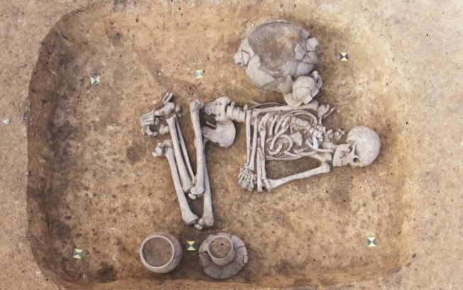 Man Cave Antigo : A origem do enterro velório e de outros costumes