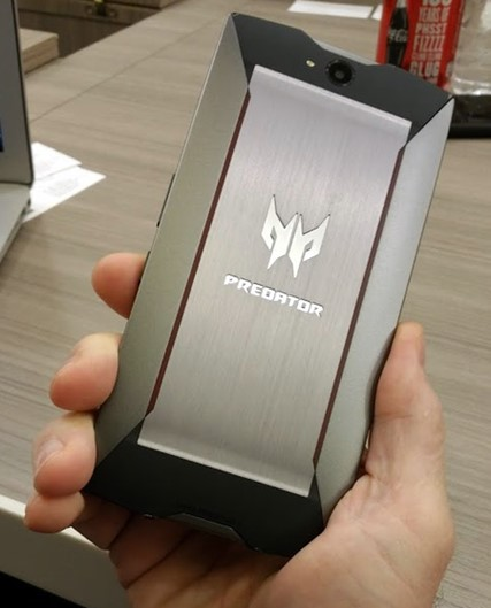 Conheça o 'Predator Phone', o smartphone gamer da Acer