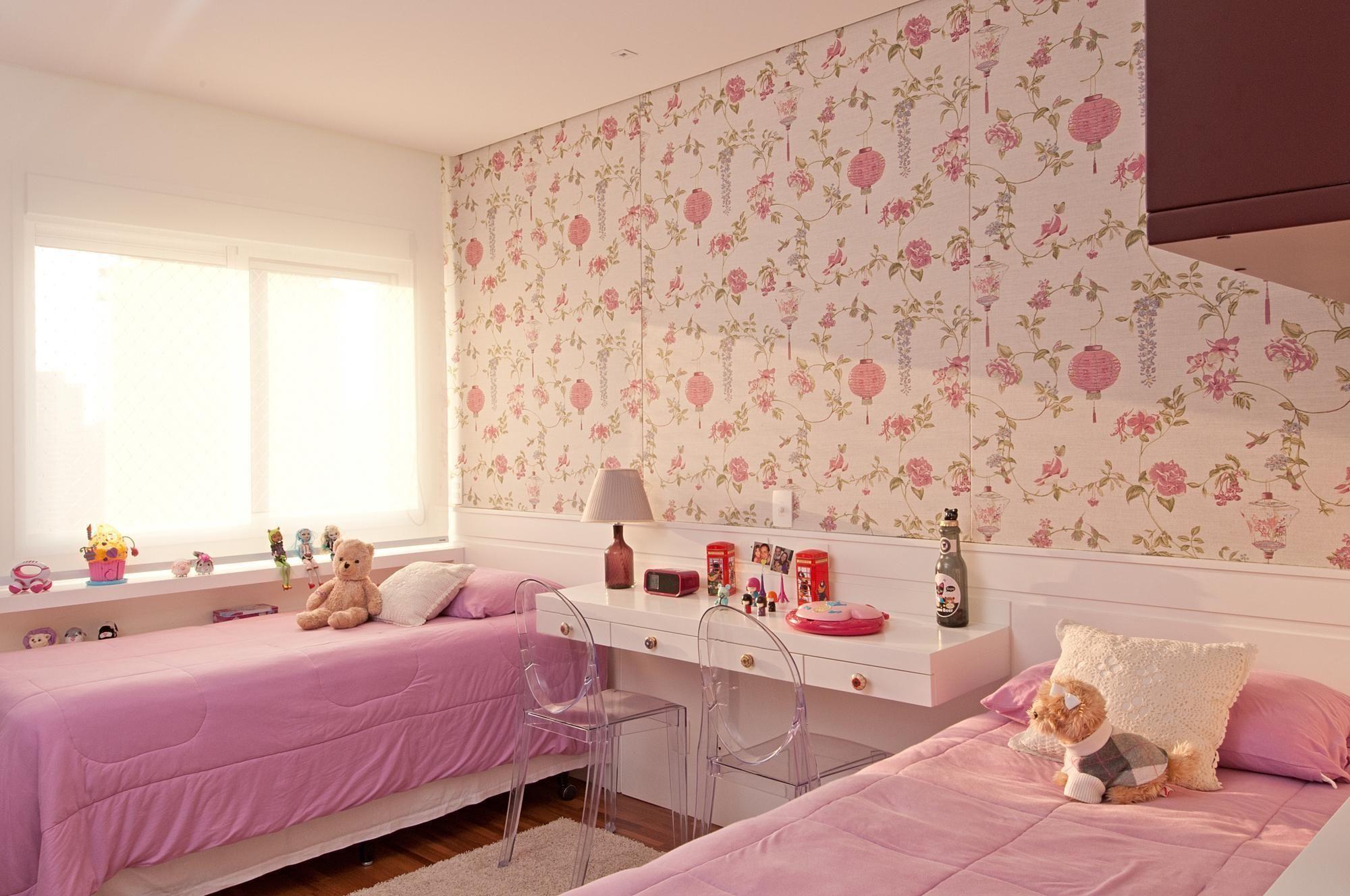 24 inspirações de papéis de parede para quarto feminino  ~ Quartos Decorados Com Papel De Parede Preto E Branco