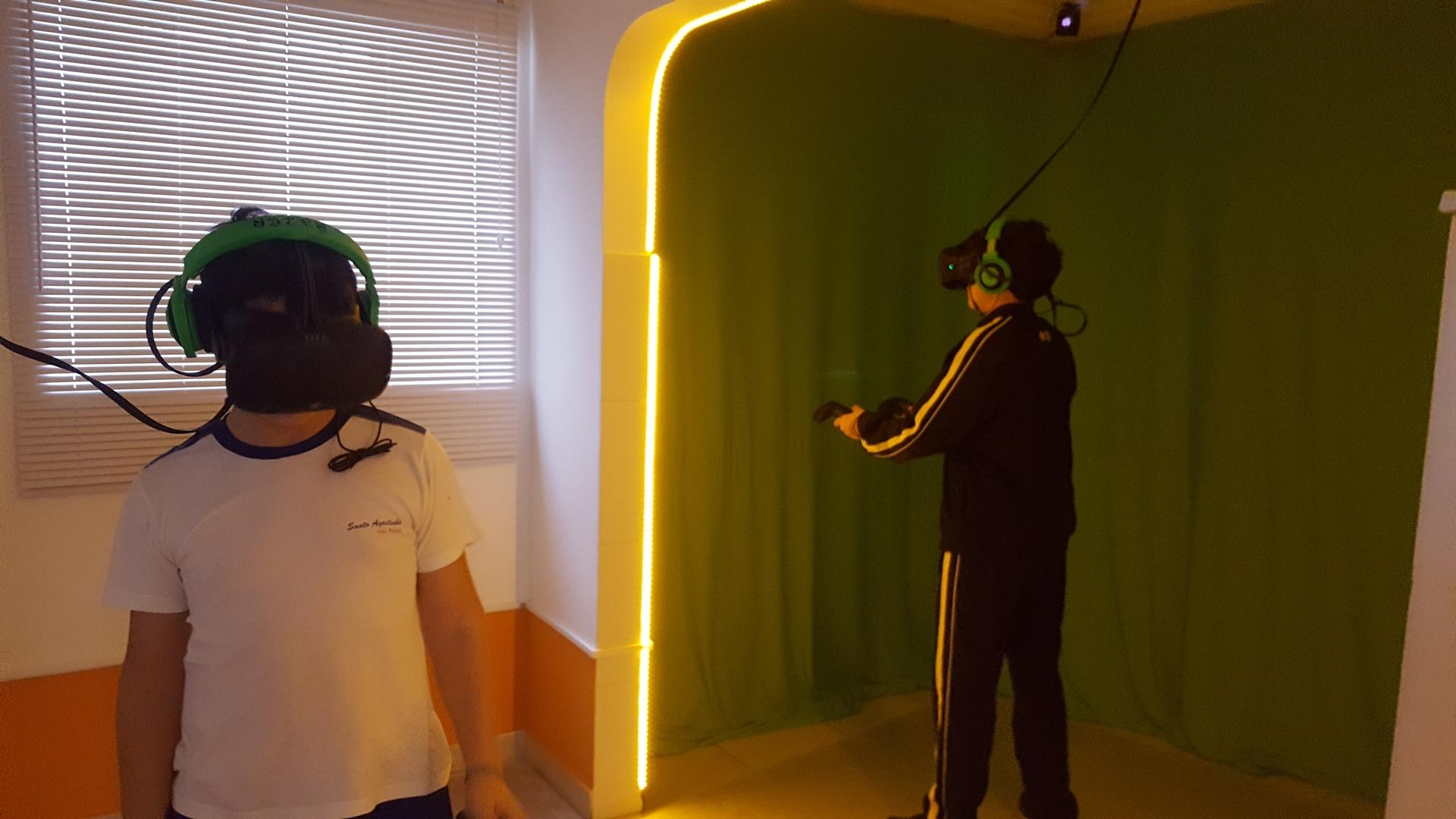 Fomos à VR Gamer e acredite: lan house de VR é algo que veio para ficar