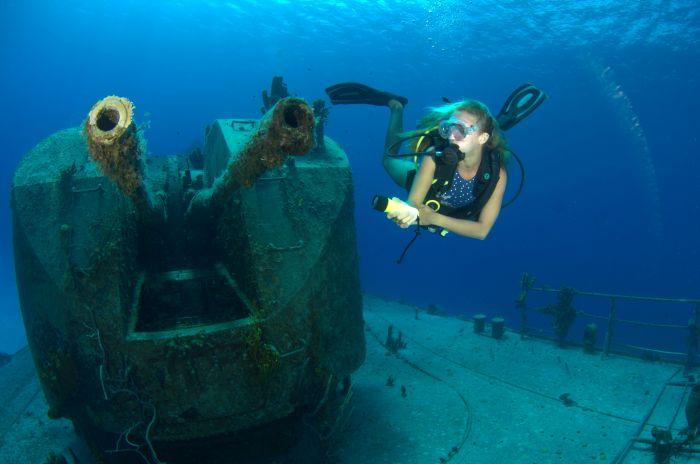15165419290306 Islas Caimán: naufragios y la ciudad sumergida empolgam los buzos