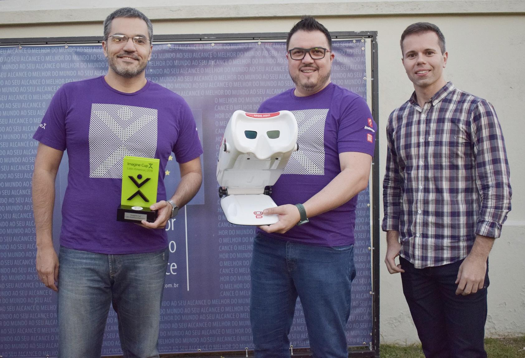 Robô vai representar o Brasil na maior competição de tecnologia do mundo