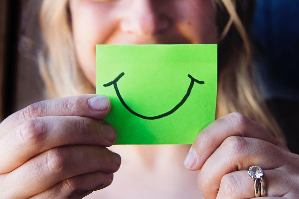 App da Microsoft transforma suas expressões em emojis