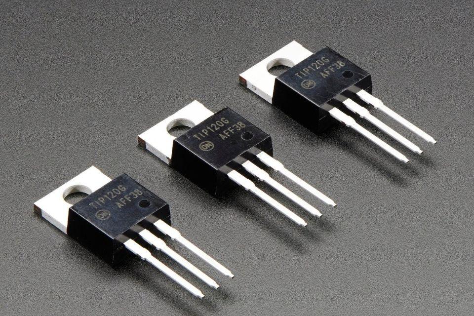 Engenheiros do MIT criam menor transistor 3D do mundo