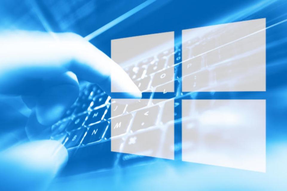 Windows para dispositivos dobráveis aparece em servidores da Microsoft