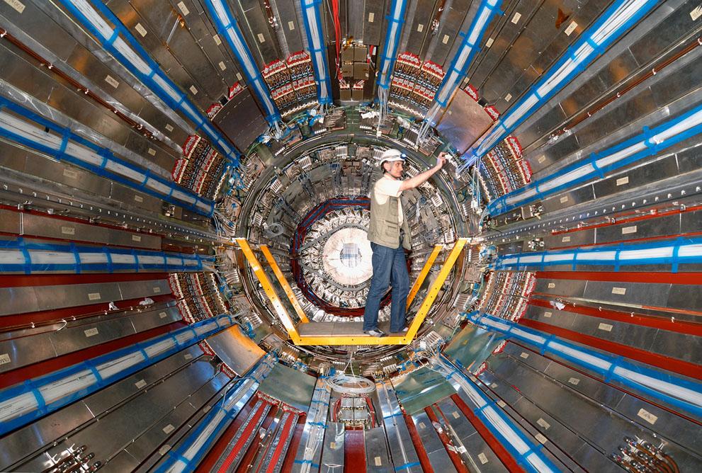 Бозон Хиггса, скорее всего, обнаружен