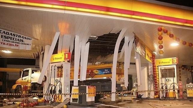 Celular + Gasolina