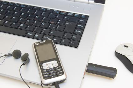 A maioria das músicas baixadas são reproduzidas em MP3 players e celulares.