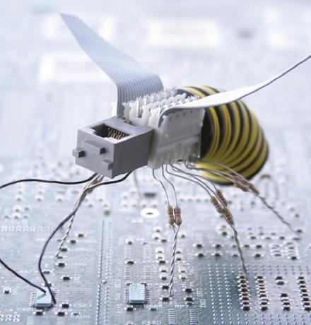 Robôs miniaturizados para efetuar tarefas antes impossíveis.