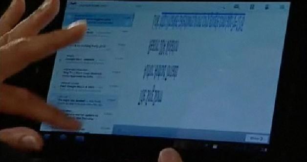 Duas janelas abertas para visualização de emails