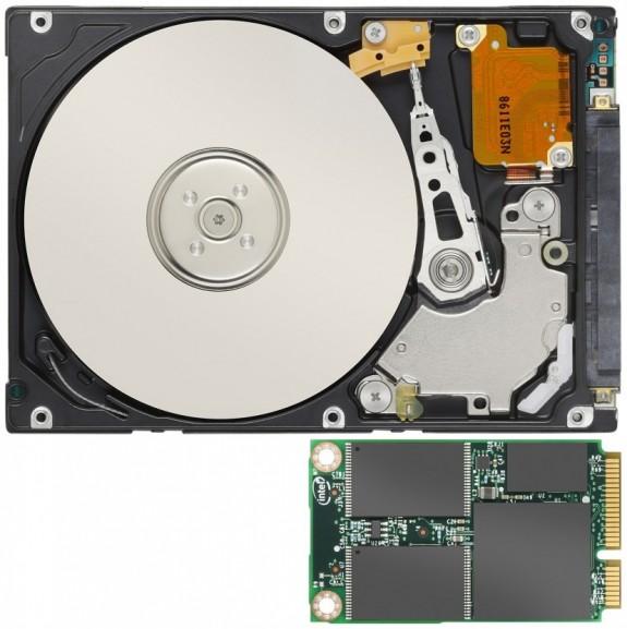 Comparação de tamanho entre um HD convencional e o novo SSD da Intel. Foto: Divulgação/Intel