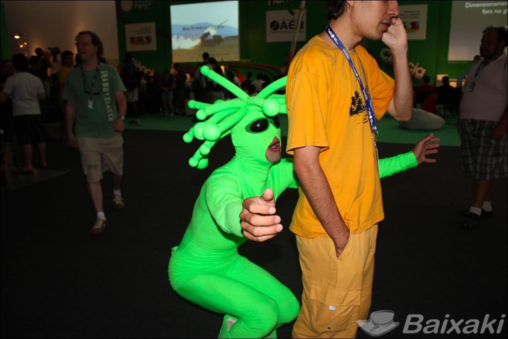 Cosplays e personagens divertidos aparecem a todo momento na Campus Party