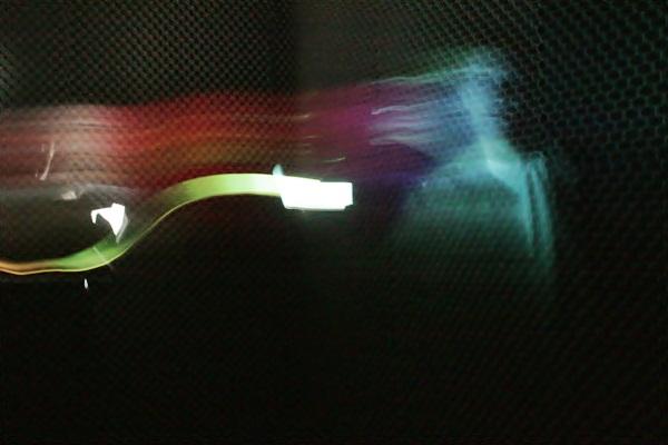 A tela do celular pode servir como fonte luminosa para pinturas com a luz