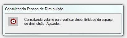 O Windows calcula o espaço do disco.