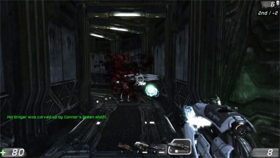Em UT3, sofremos para matar os inimigos devido ao lag!