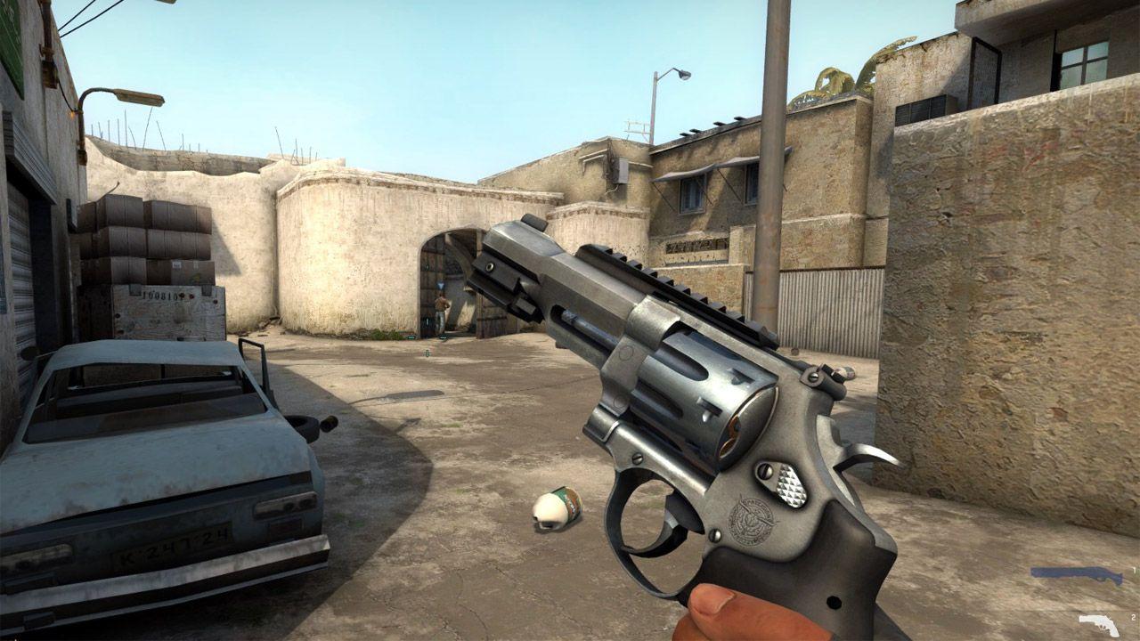 Muito apelona: Valve corrige o dano da R8 Revolver, a nova arma de CS:GO