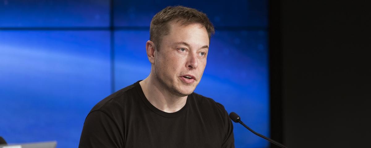 Tem Na Web - Ninguém muda o mundo trabalhando 40h por semana, diz Elon Musk