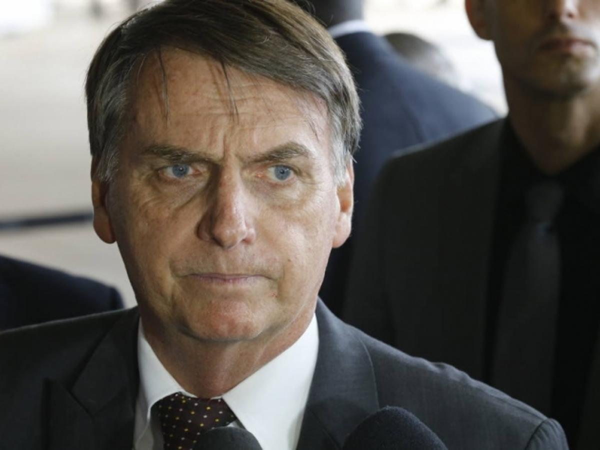 Tem Na Web - Bolsonaro cancela nova criptomoeda indígena em contrato de R$ 45 milhões