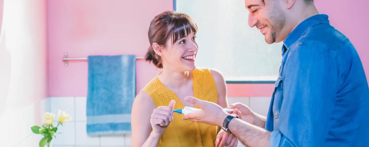 Tem Na Web - Empresa francesa cria escova que limpa os dentes em 10 segundos
