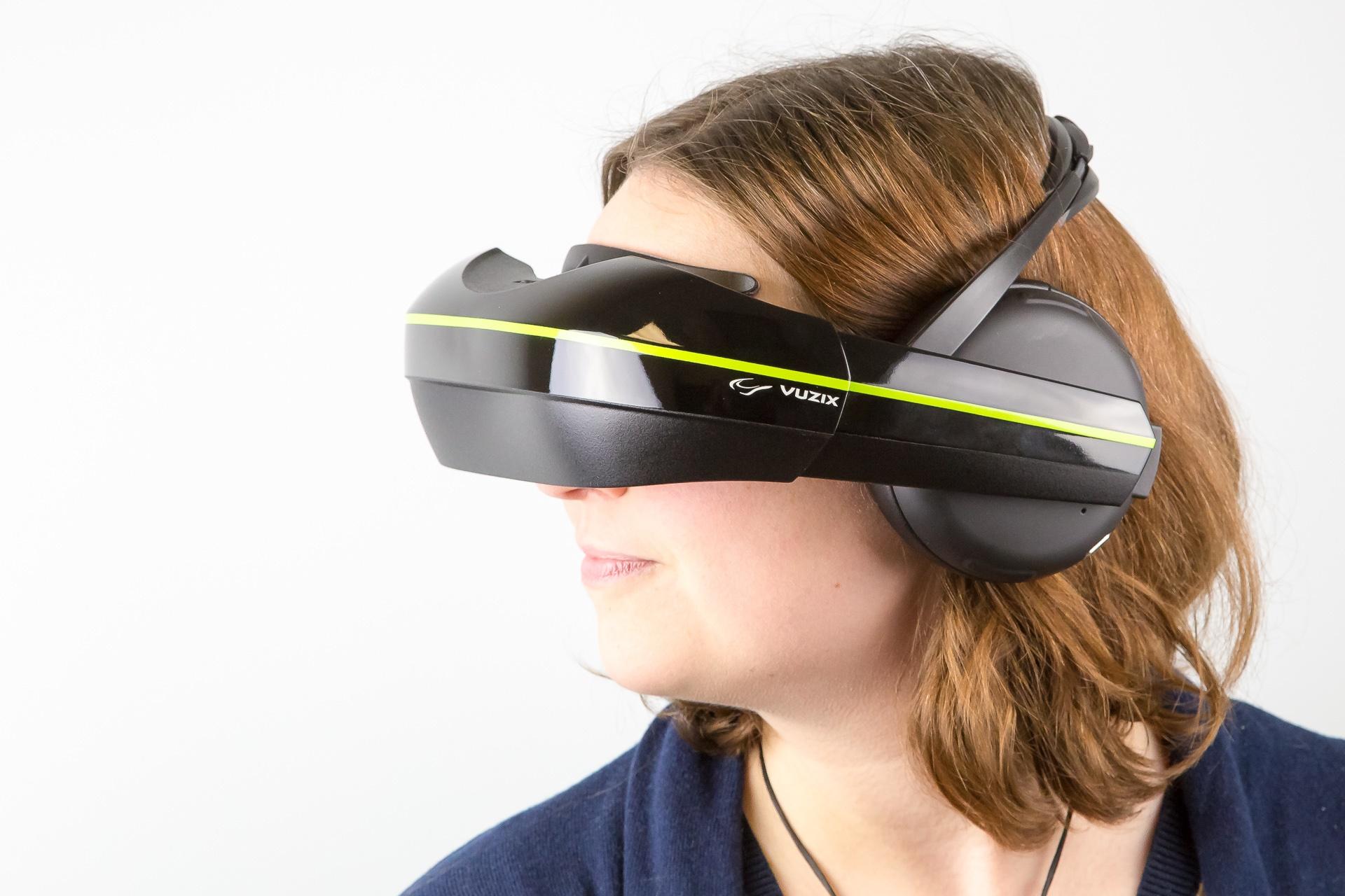 9b357ded2 Vuzix anuncia visor de realidade virtual com headphone integrado - TecMundo