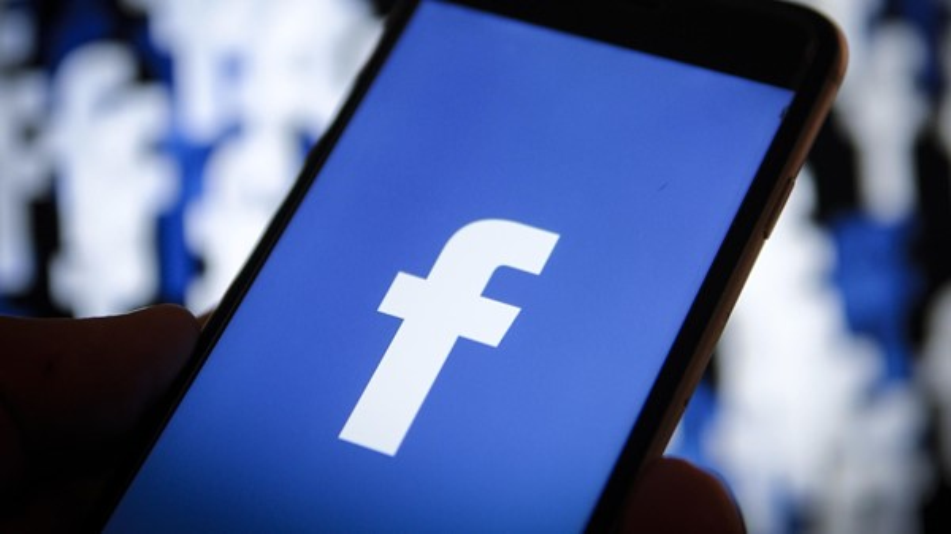 Tem Na Web - Facebook: fotos privadas de 6 milhões de usuários foram expostas para apps