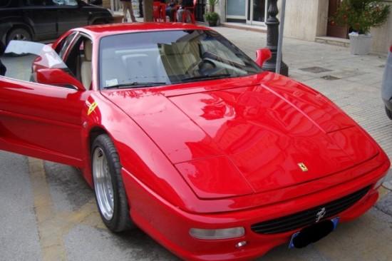 Pontiac Velho Transformado Em Ferrari 233 Motivo De Processo